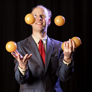 Bälle jonglieren